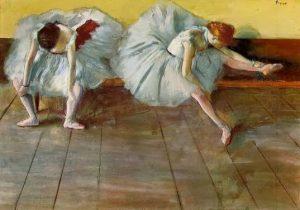 """Obraz Edgara Degas Dwie baletnice nie należy do najsłynniejszych dzieł tego artysty jednak znając jego """"hity"""" bez problemu rozpoznasz autora po stylu i tematyce."""