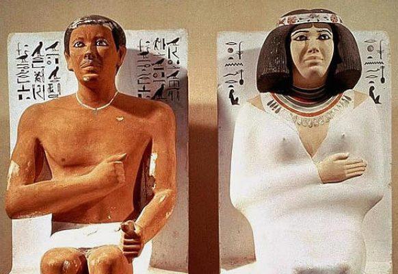 posągi Rahotepa i Nofret – autor nieznany, ok. 2500 lat p.n.e., polichromia